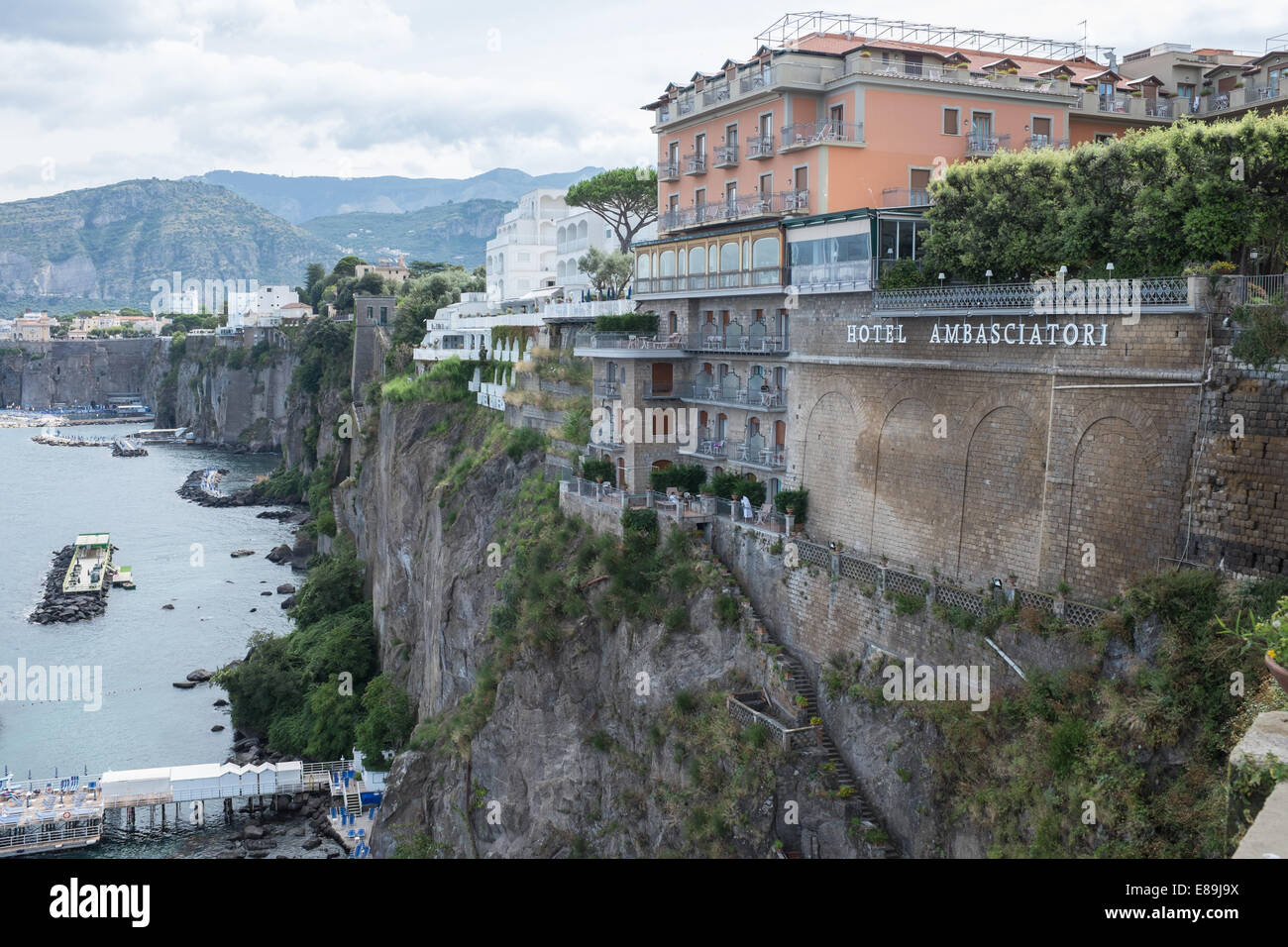 hotels on the cliffs overlooking sea at sorrento stock. Black Bedroom Furniture Sets. Home Design Ideas