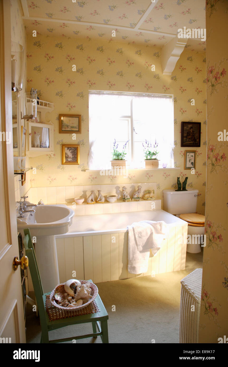 Floral Sprigged Wallpaper On Walls And Ceiling Of Country Bathroom
