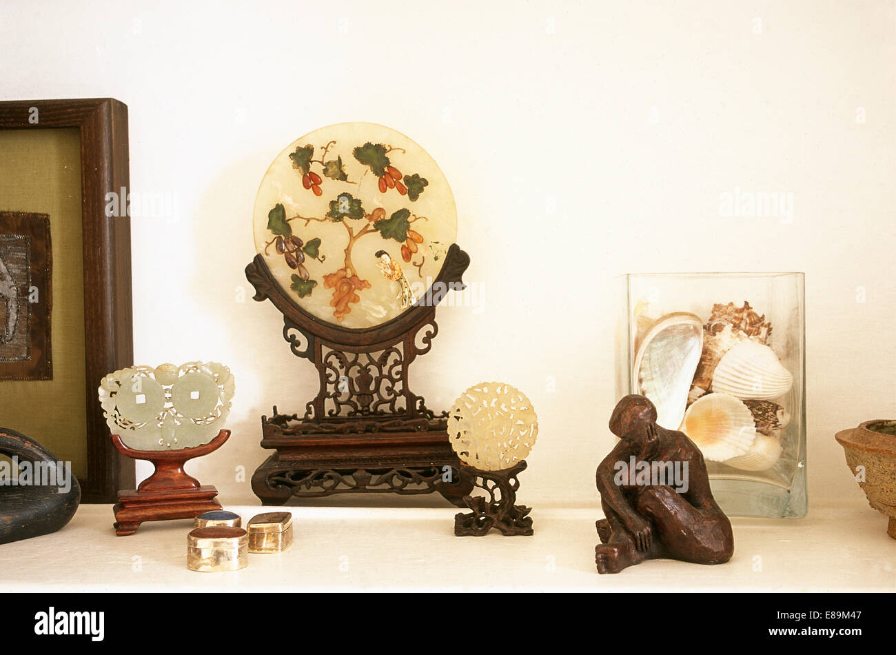 Close-up of an eclectic collection of artefacts - Stock Image
