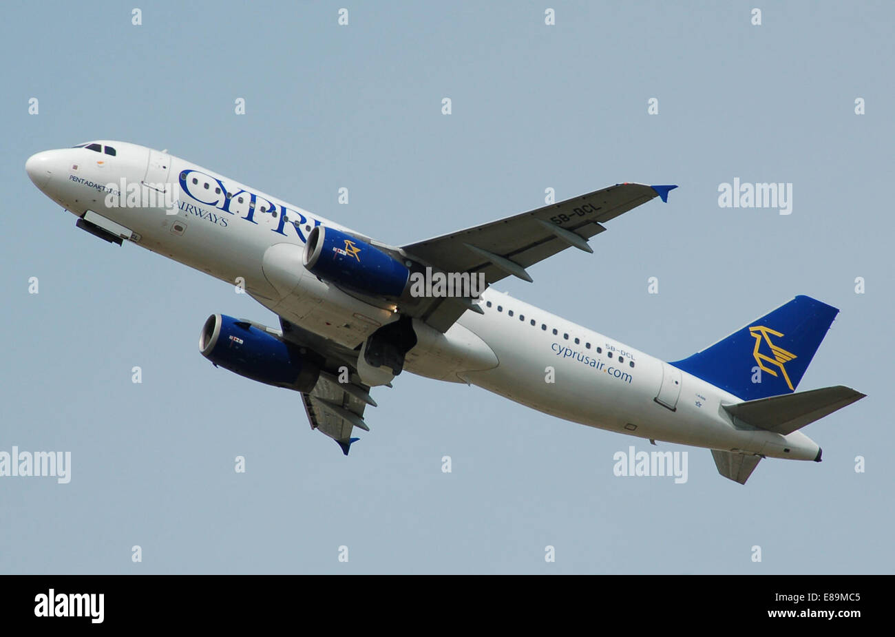 Cyprus Airways Airbus A320-200 (5B-DCL) departs London Heathrow Airport, England, 2nd July 2014. The undercarriage - Stock Image