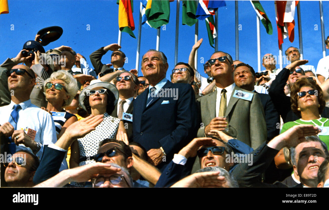 Vice President Spiro Agnew and former President Lyndon B. Johnson view the liftoff of Apollo 11 from pad 39A at - Stock Image