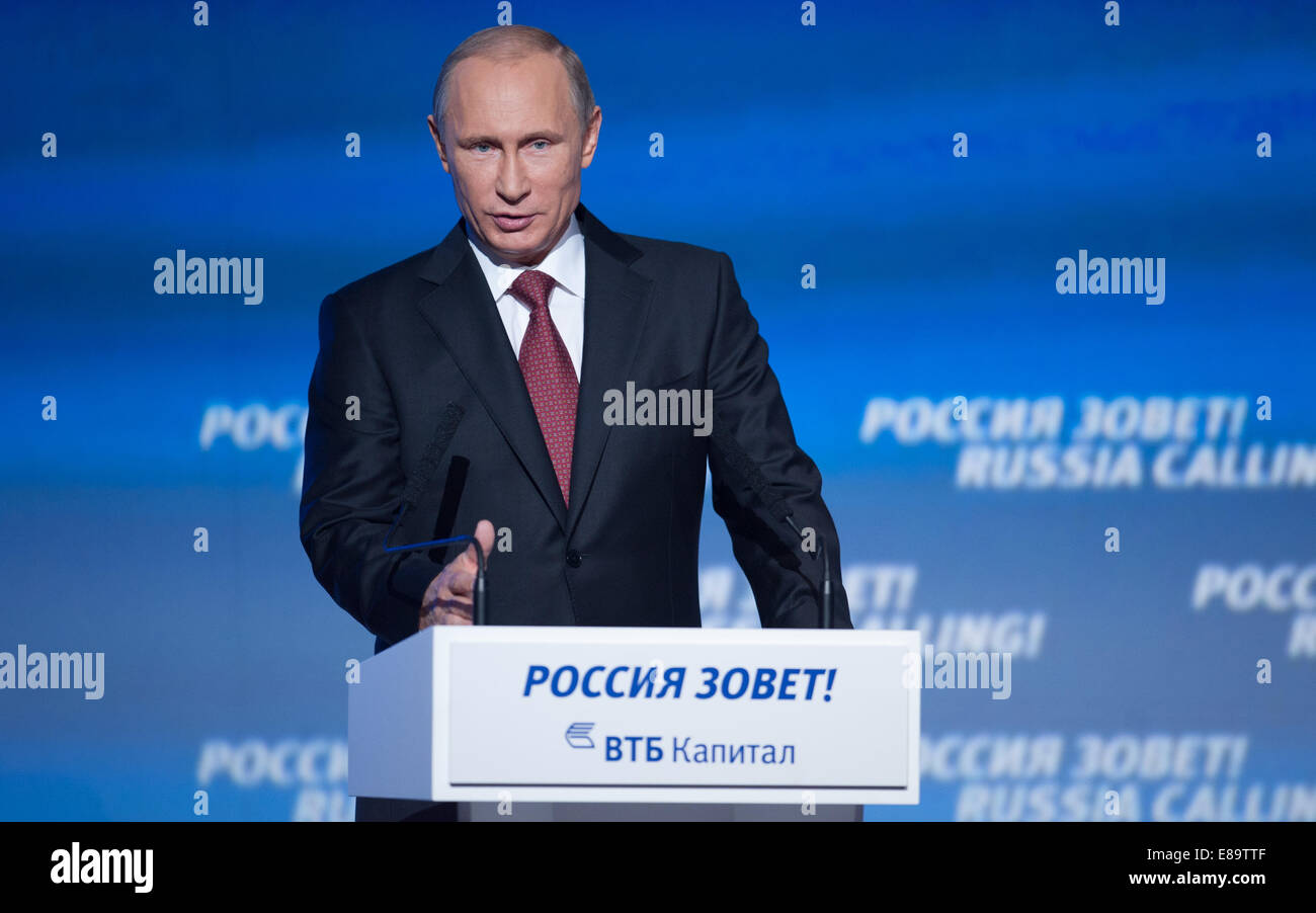 Moscow, Russia. 2nd Oct, 2014. Russian President Vladimir Putin speaks during the sixth 'Russia Calling' - Stock Image