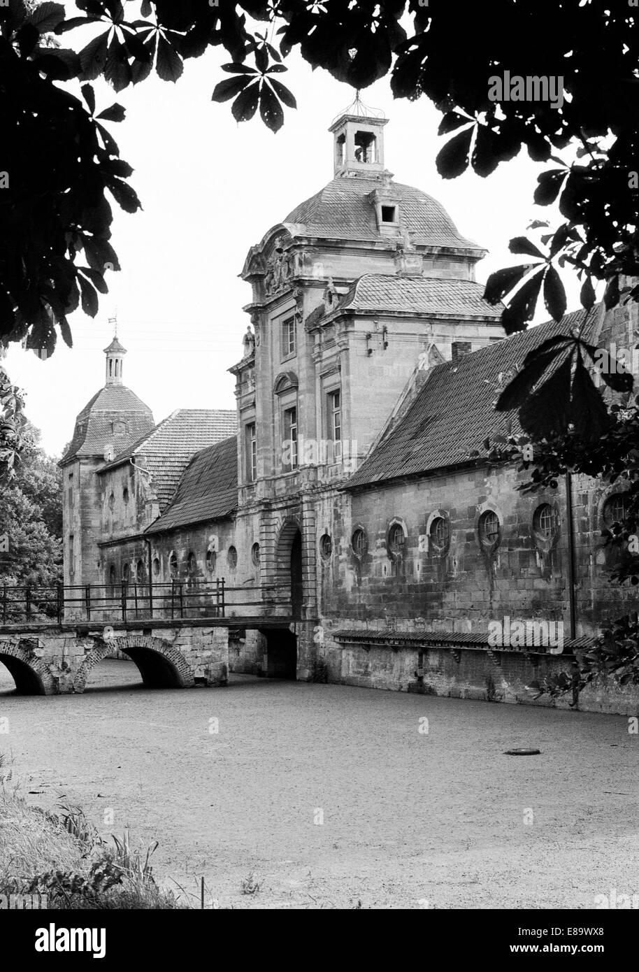 Siebziger Jahre, Klassizismus, Wasserschloss Haus Stapel in Havixbeck, Muensterland, Nordrhein-Westfalen - Stock Image
