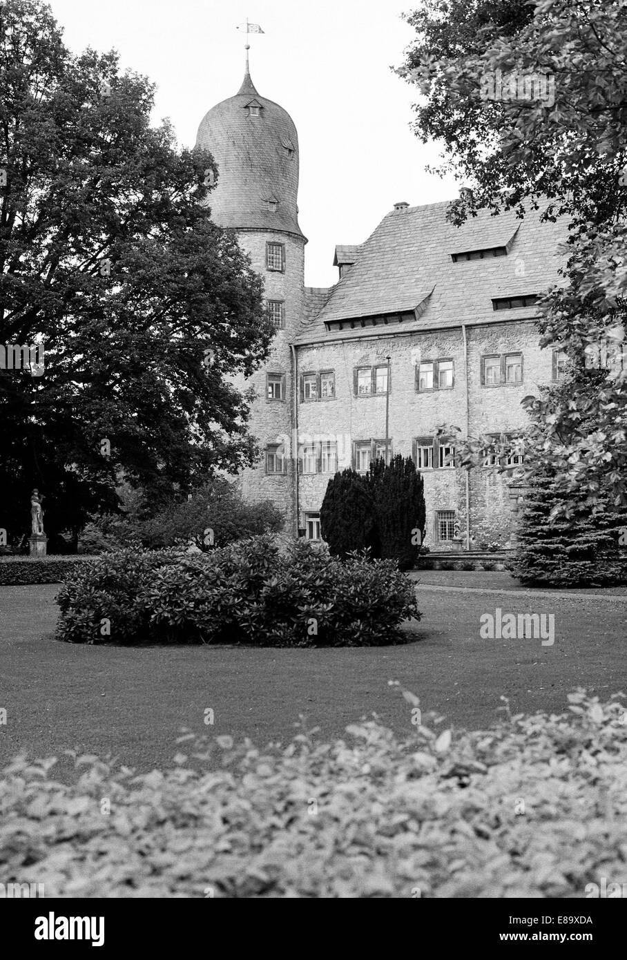 Achtziger Jahre, Wasserschloss in Hehlen, Samtgemeinde Bodenwerder-Polle, Weserbergland, Vogler, Niedersachsen - Stock Image