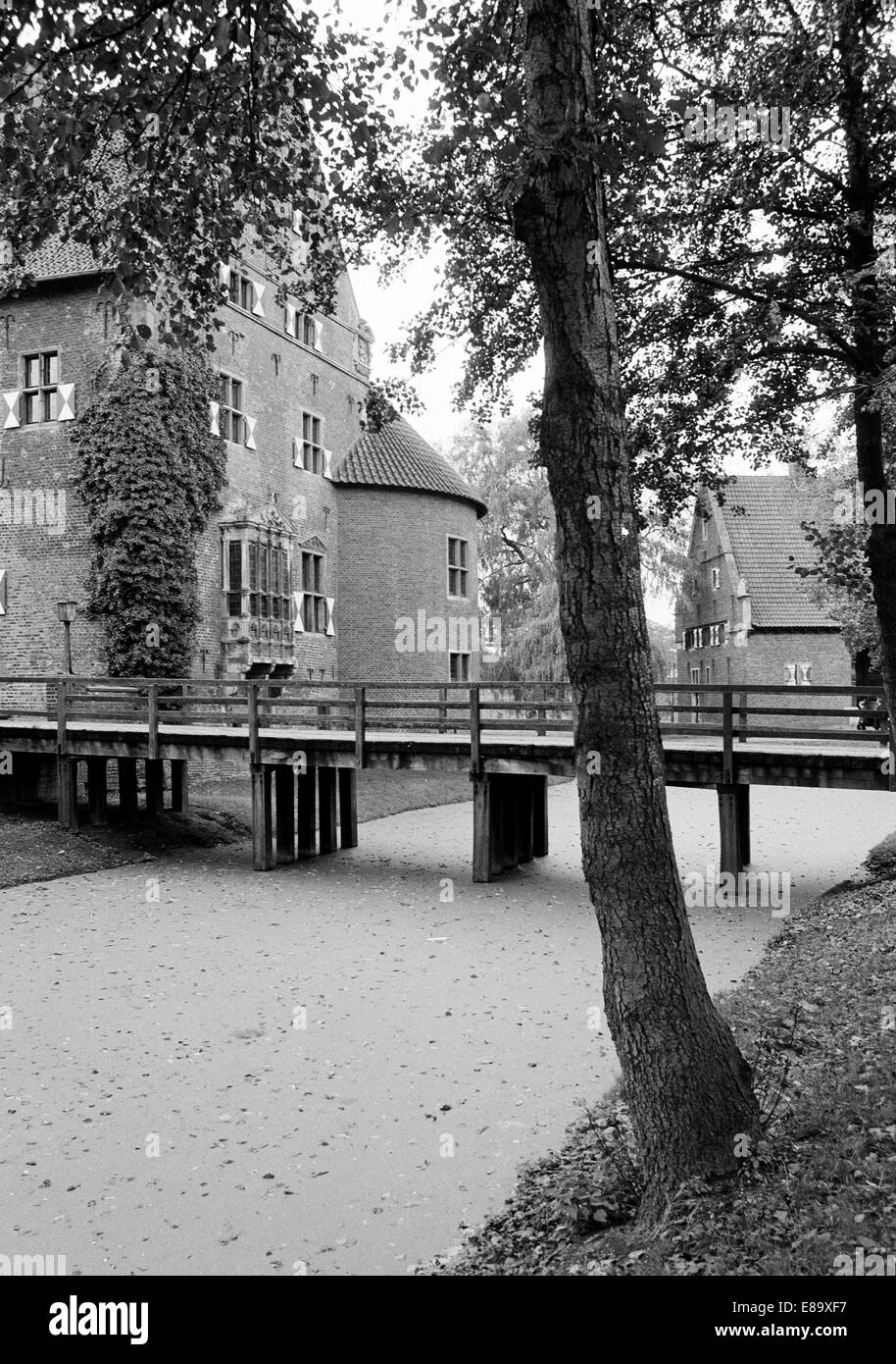 Achtziger Jahre, Wasserschloss in Raesfeld, Naturpark Hohe Mark-Westmuensterland, Niederrhein, Nordrhein-Westfalen - Stock Image
