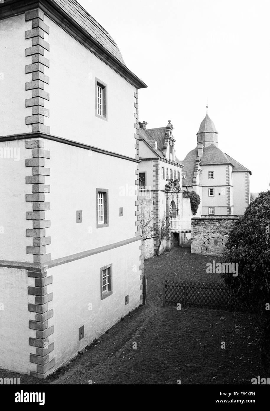 Achtziger Jahre, Barockschloss Eringerfeld in Geseke-Eringerfeld, Ostwestfalen, Nordrhein-Westfalen - Stock Image
