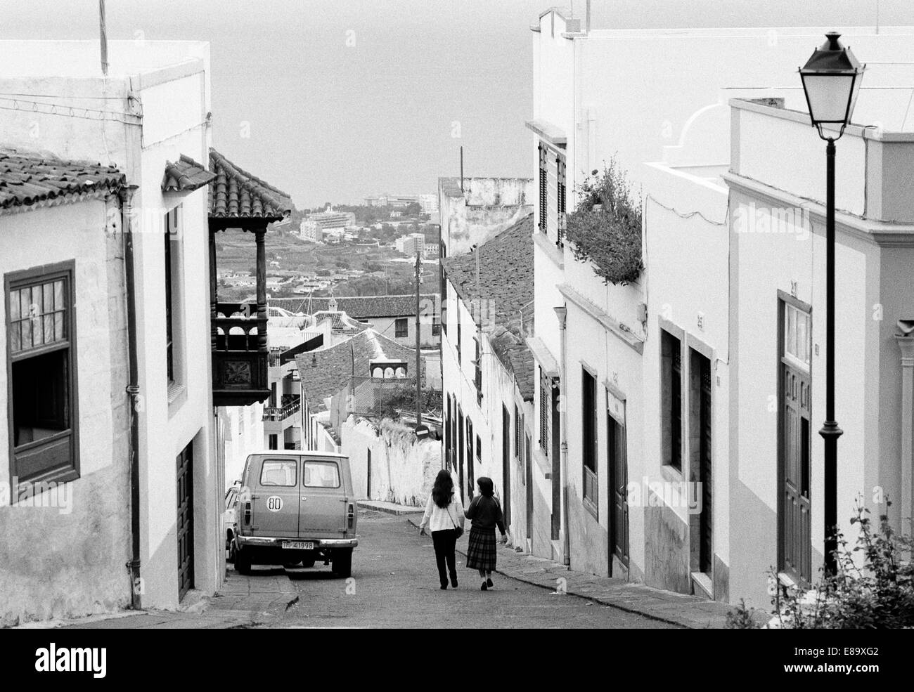 Eighties, Spain, Canary Islands, Canaries, Tenerife, E-La Orotava, old town, street, alley, residential buildings, - Stock Image