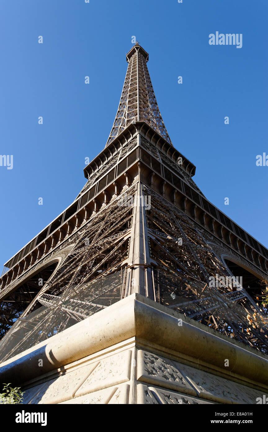 Eiffel Tower, Tour Eiffel, 7th Arrondissement, Paris, France Stock Photo