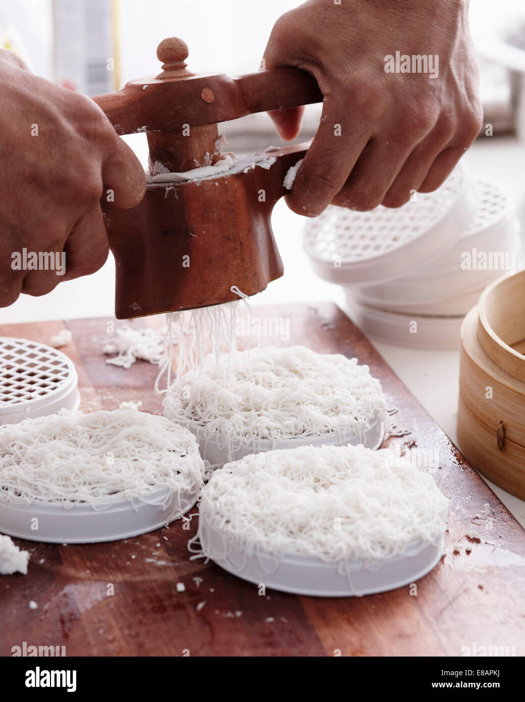 How to Make Curry Step 05 - Stock Image