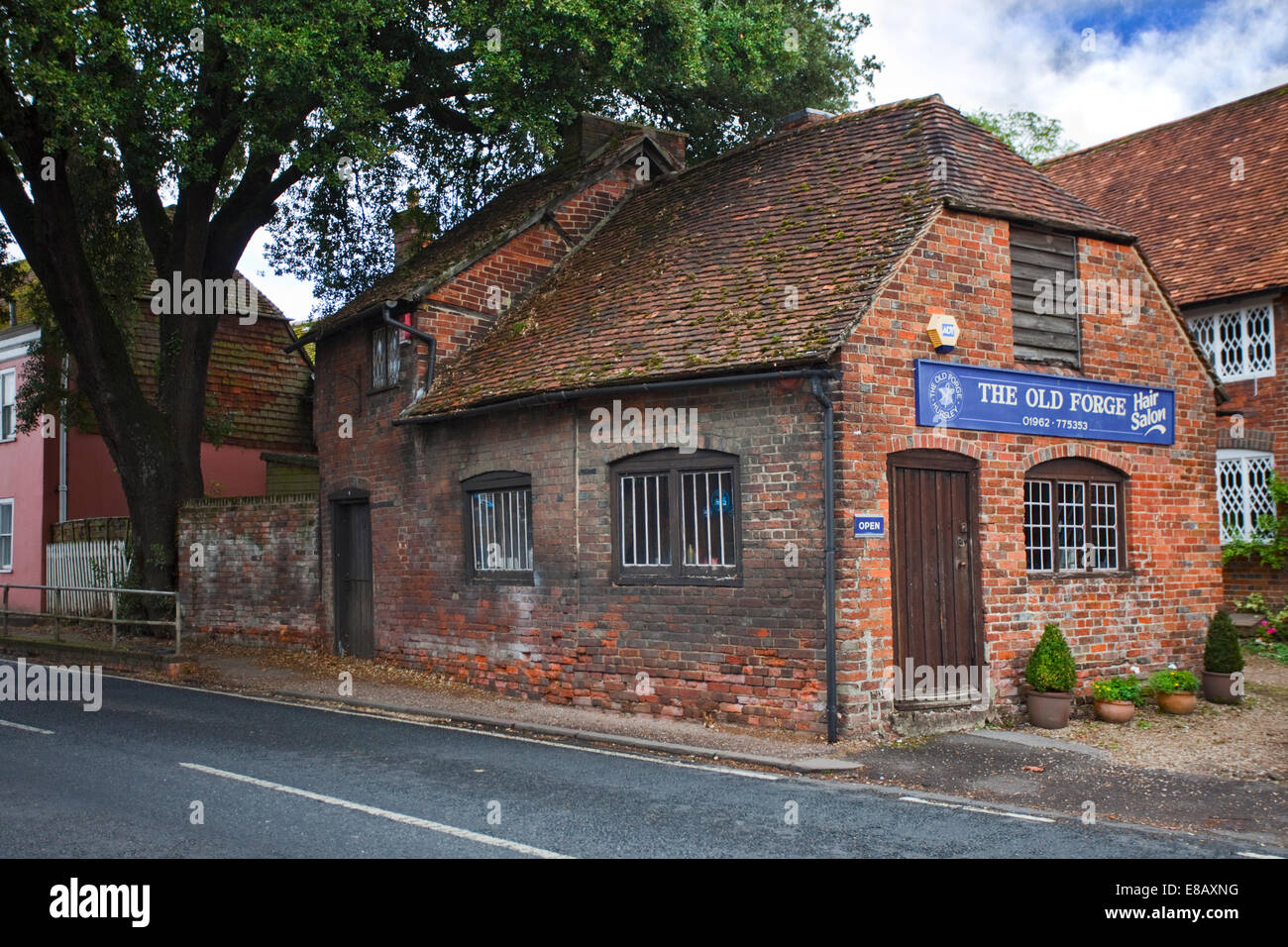 The Old Forge, Hursley, Hampshire, England - Stock Image