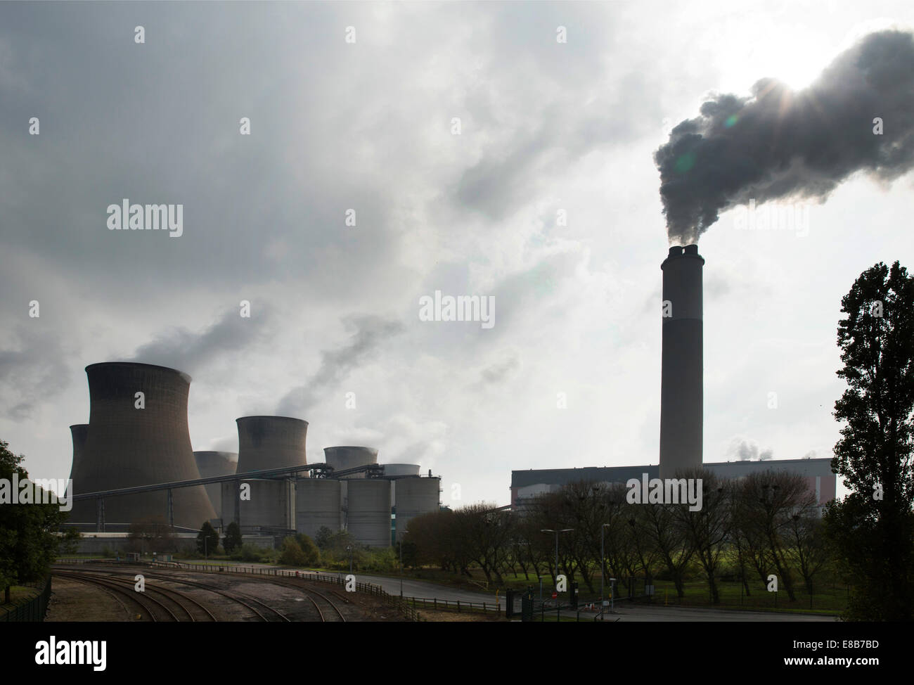 The Cottam power stations are a pair of power stations, located on the River Trent at Cottam near Retford in Nottinghamshire. - Stock Image