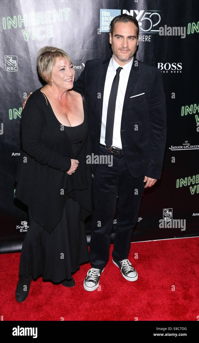 New York, NY, USA. 4th Oct, 2014. Joaquin Phoenix; Susan Patricola at arrivals for INHERENT VICE Premiere at the - Stock Image