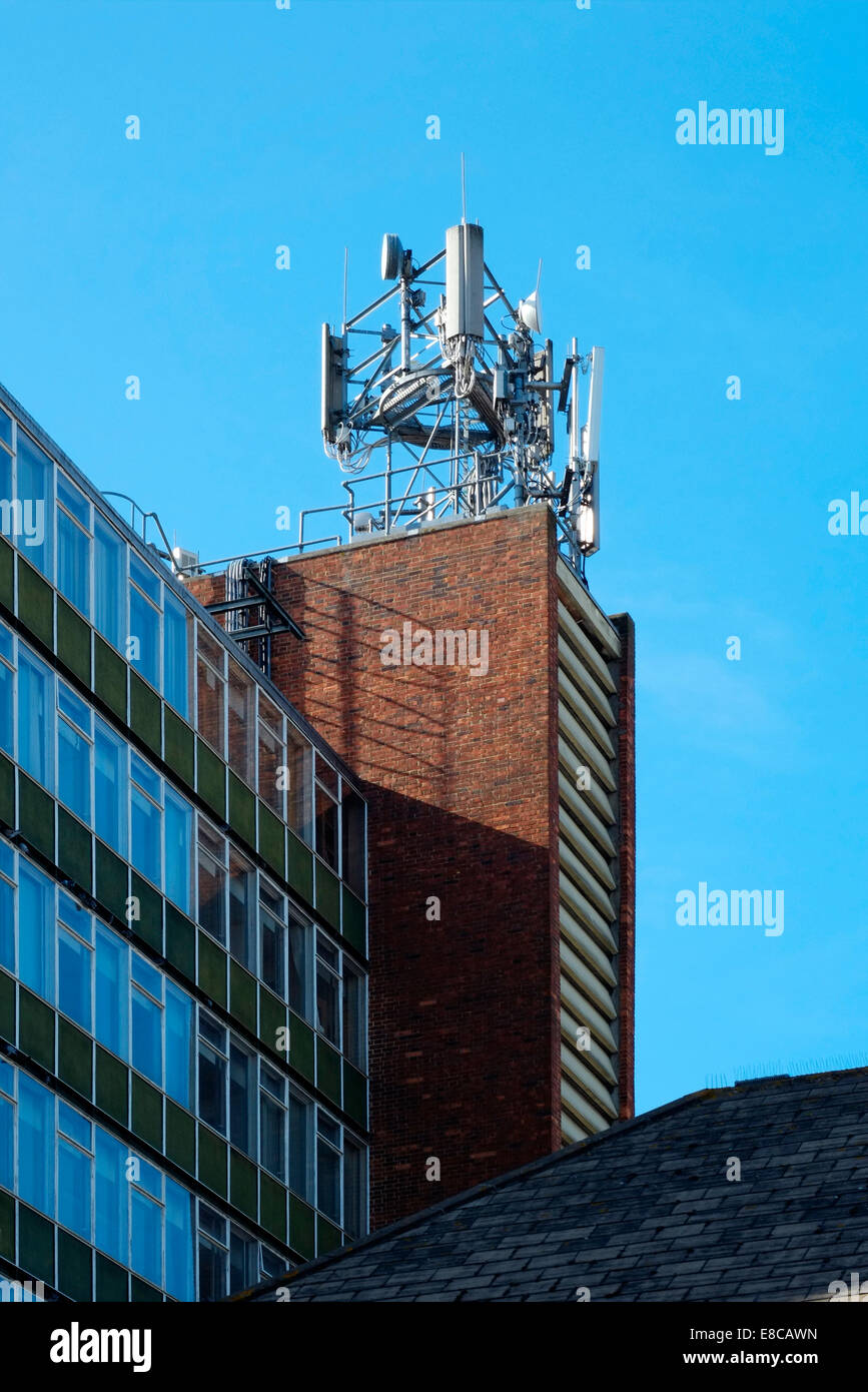 Mobile Masts On Building Stock Photos Amp Mobile Masts On