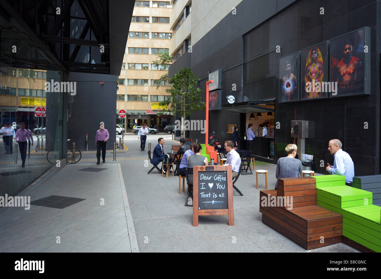 BRISBANE - SEP 25 2014:People in cafe in Brisbane CBD,Australia.Brisbane has a population of 2,238,394 (2013). - Stock Image