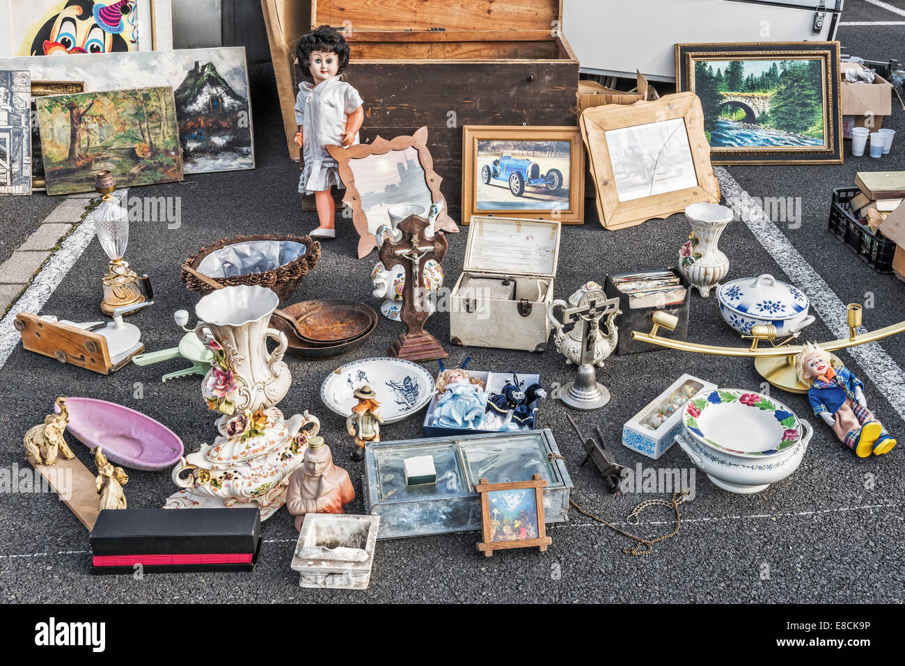 Odds and ends on a flea market stall, Sarreguemines, Moselle, France, Europe - Stock Image