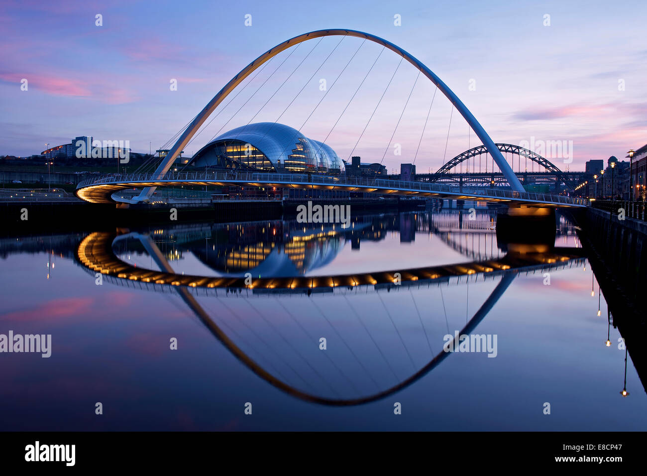 newcastle at night - Stock Image