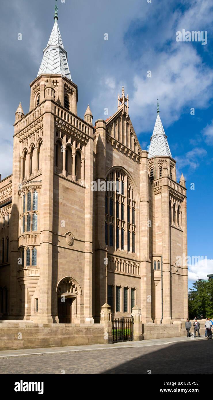 Whitworth Hall, Old Quadrangle, Manchester University, Manchester, England, UK. - Stock Image