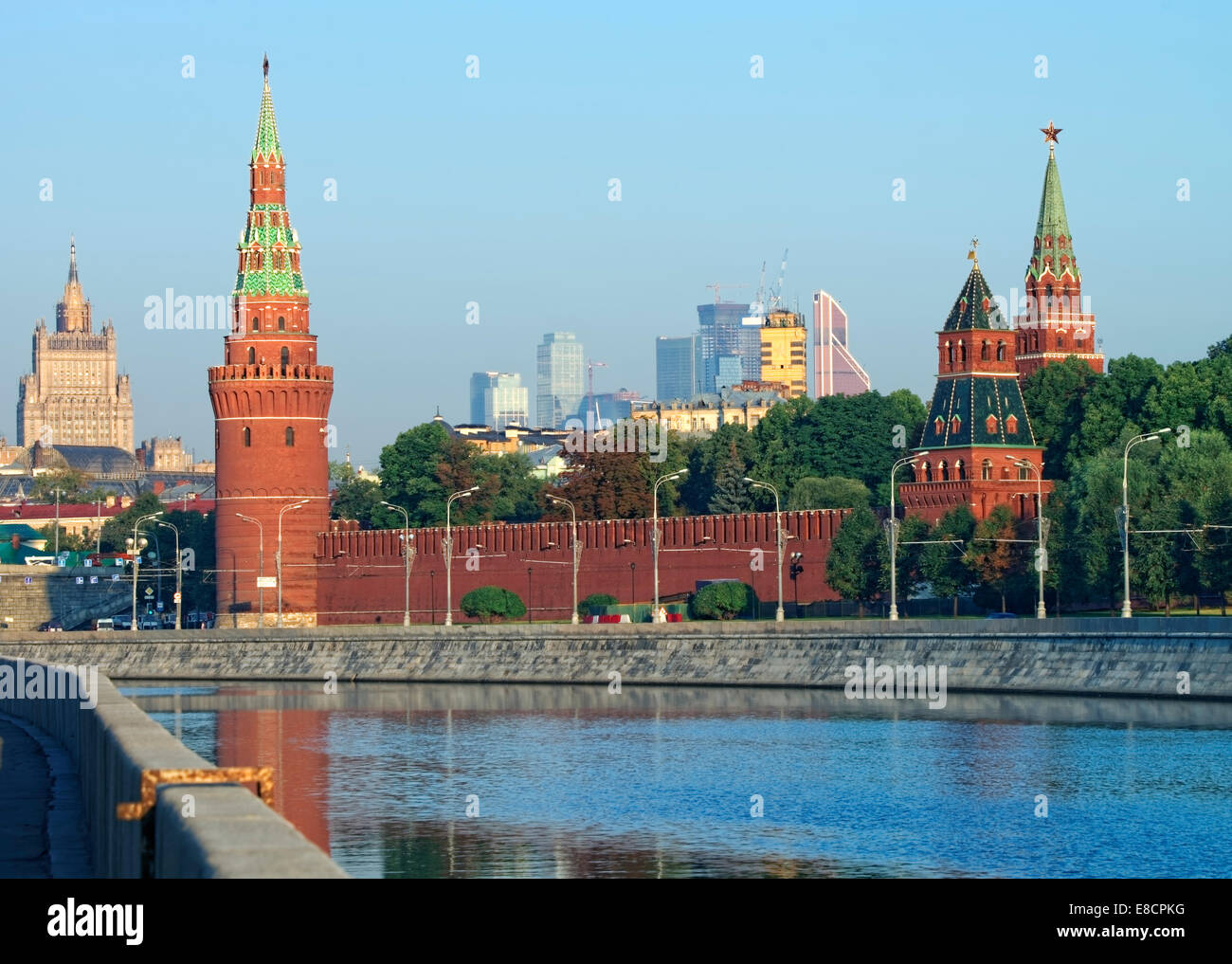 Moscow Kremlin and skyline view from quay of Moscow river - Stock Image