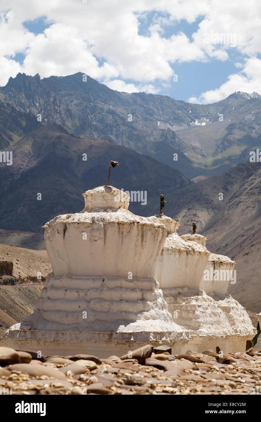 Buddhist Stupas near Saspool in the Nubrah Valley, Ladakh, Northern India - Stock Image