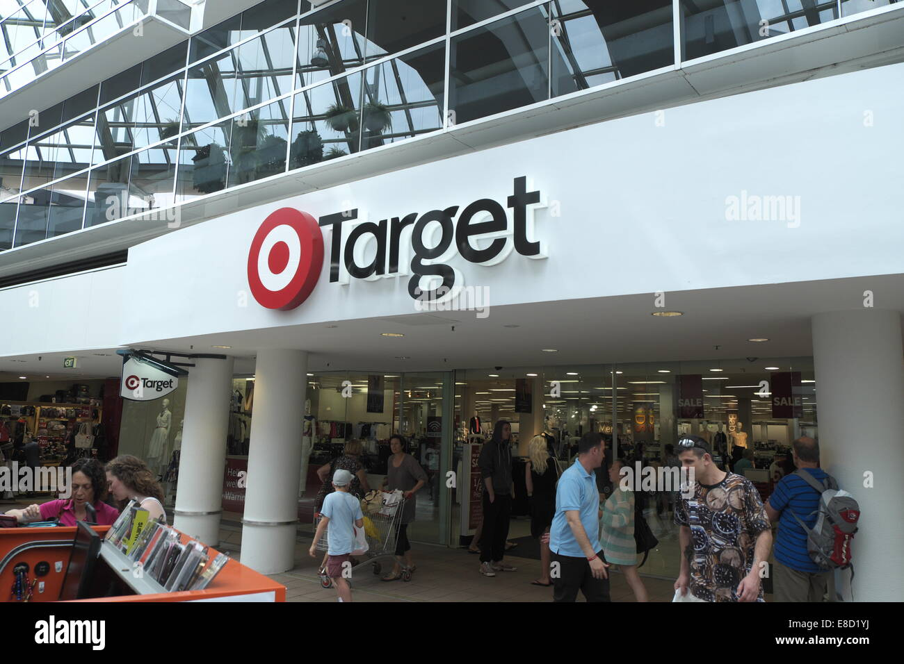 target warringah mall hours
