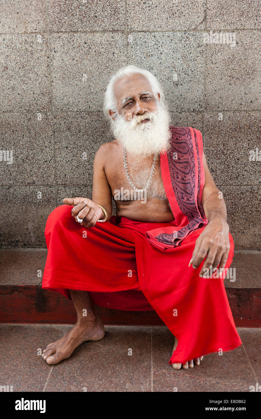 Sinhalese Sadhu, holy man with a beard, Maha Devale Hindu Temple, Kataragama, Southern Province, Sri Lanka Stock Photo