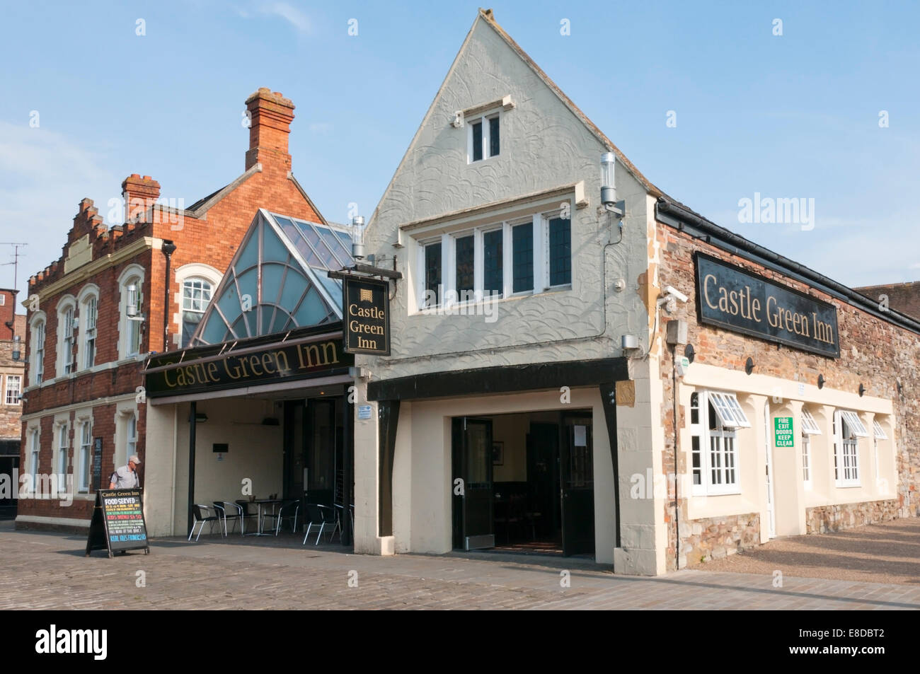 The Castle Green Inn public house in the centre of Taunton, Somerset. - Stock Image