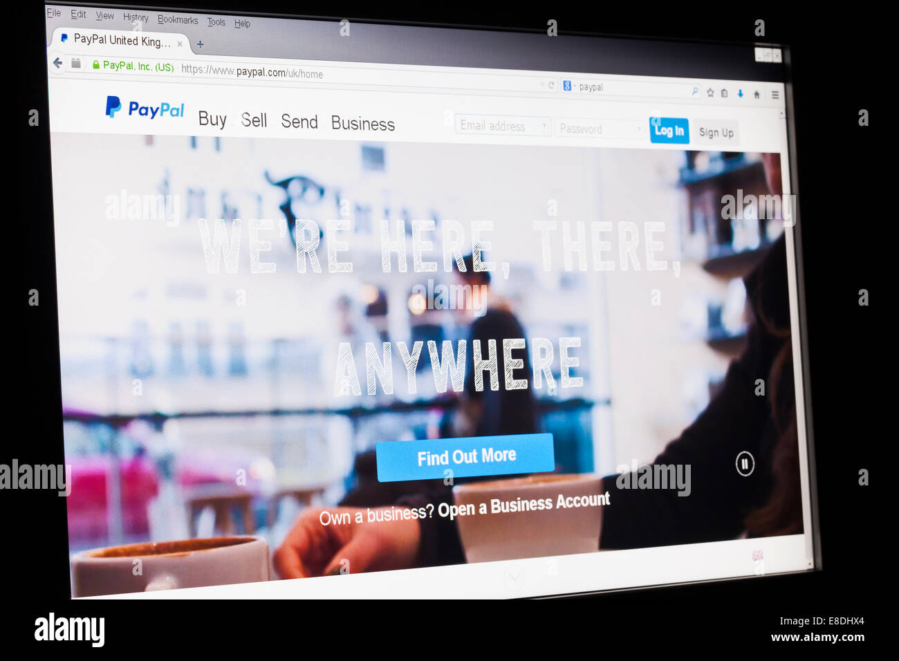 Screenshot of the paypal homepage - Stock Image