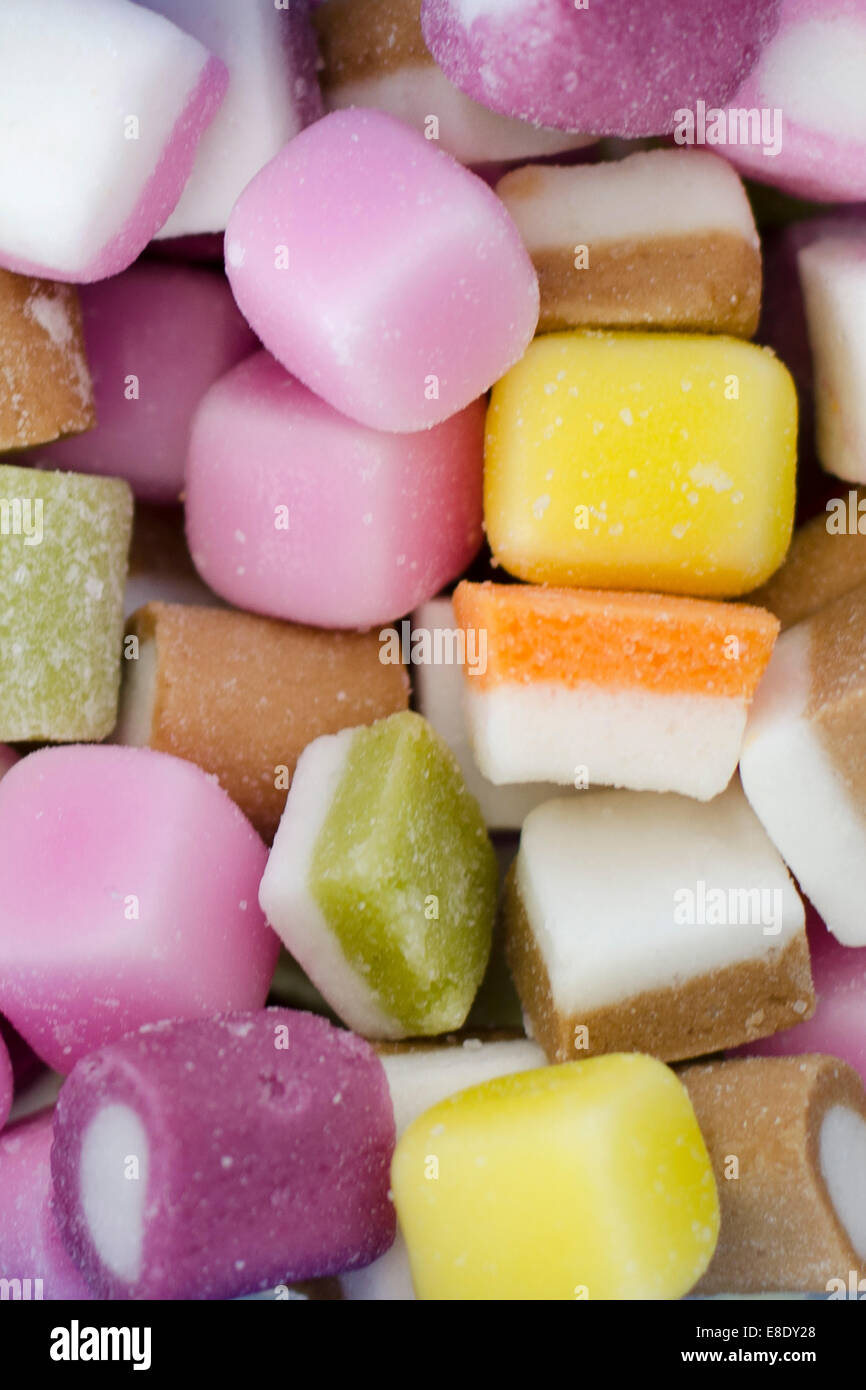 dolly-mixture-sweets-E8DY28.jpg