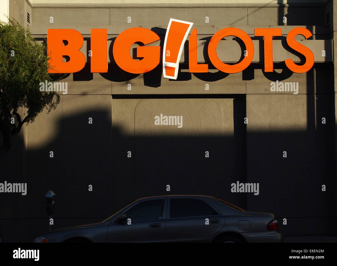 Big  Lots store, Mission Street, San Francisco - Stock Image