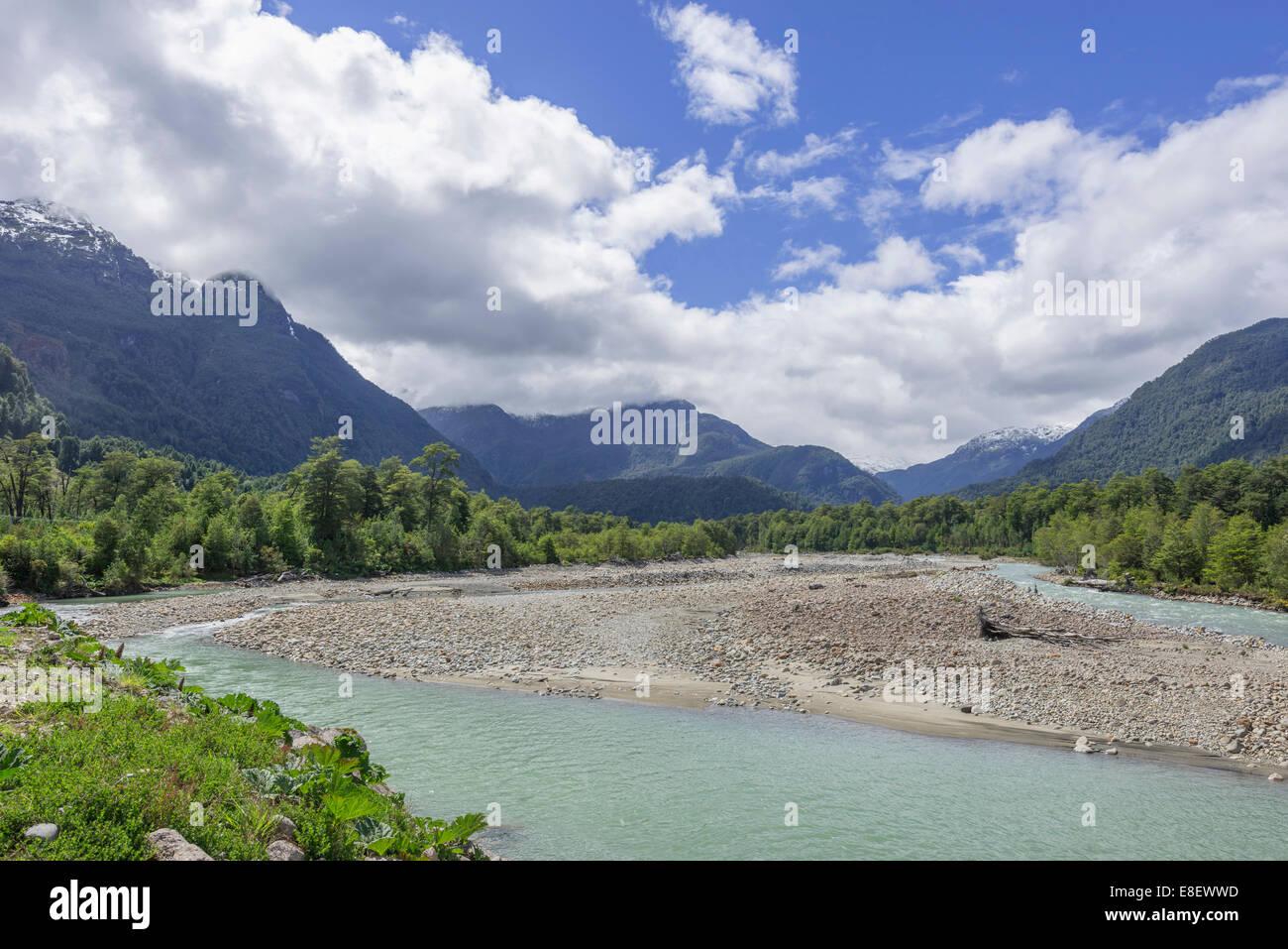 Rio Ventisquero, Parc National Queulat, Puerto Puyuhuapi, Aysén, Chile - Stock Image