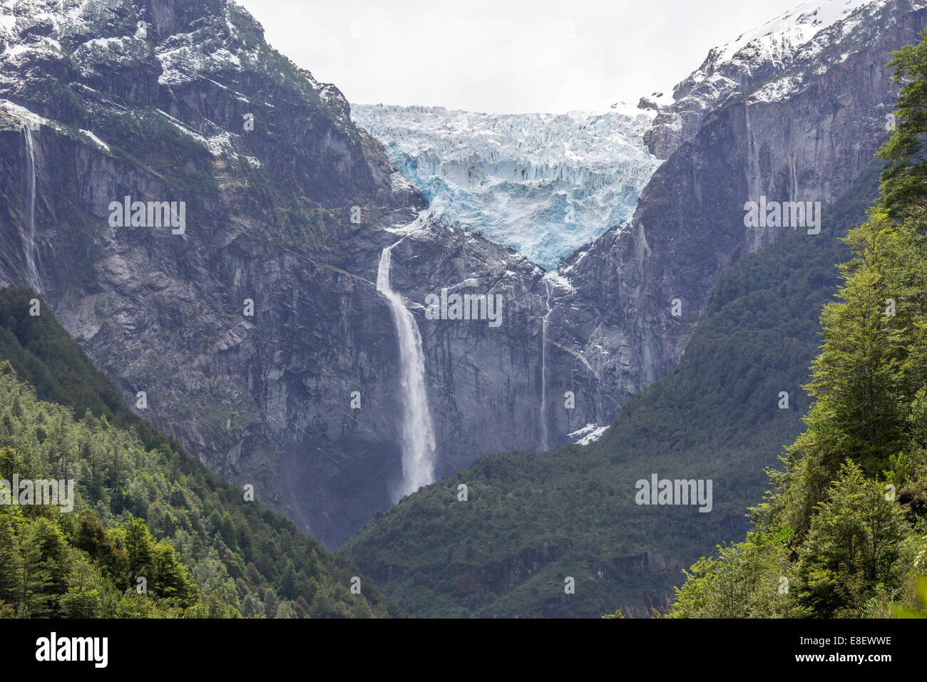 Ventisquero Colgante, hanging glacier, Parc National Queulat, Puerto Puyuhuapi, Aysén, Chile - Stock Image