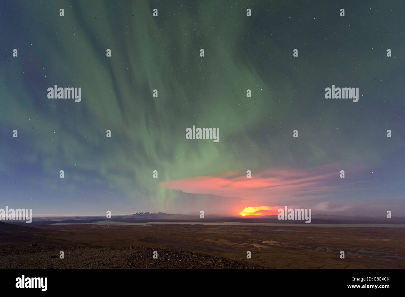 Ash and gas cloud of the Holuhraun fissure eruption, near the volcano Bárðarbunga, northern lights, highlands - Stock Image
