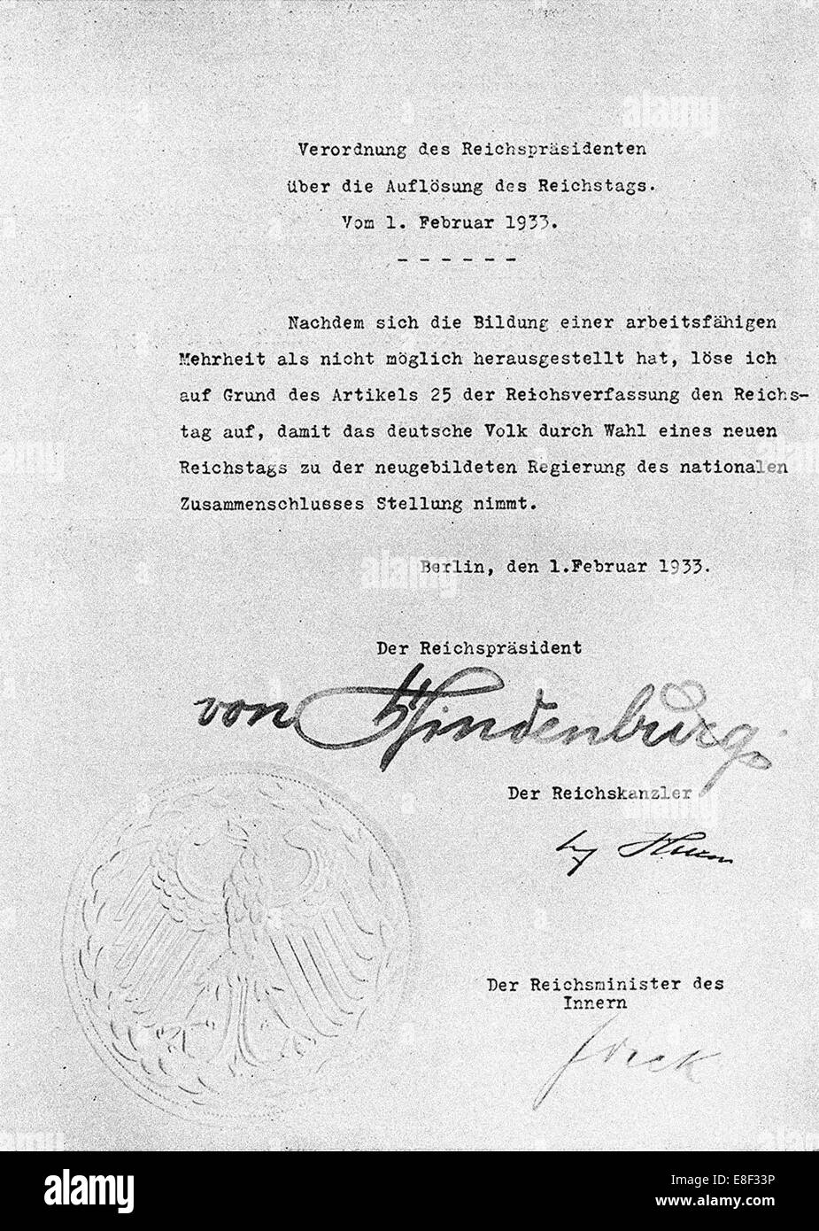 Decree from Hindenburg ordering dissolution of the Reichstag from 1 February 1933 Artist: Historical Document - Stock Image