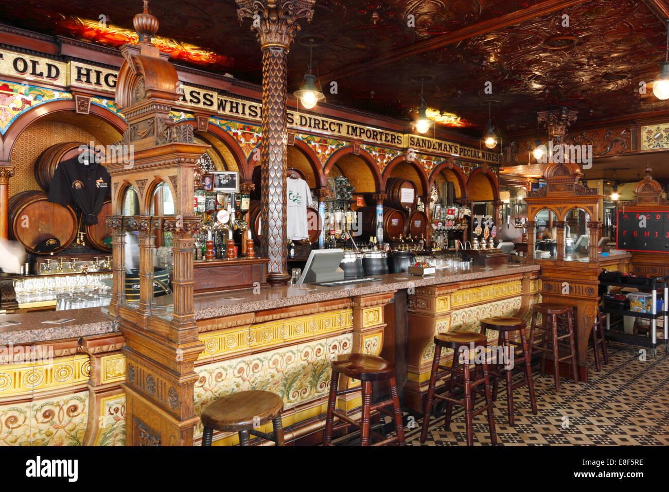 The Crown Liquor Saloon, Belfast, Northern Ireland, 2010. - Stock Image
