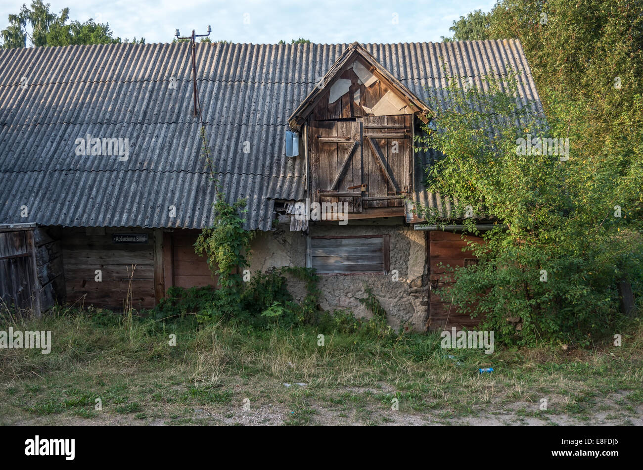 Latvian deserted house - Stock Image