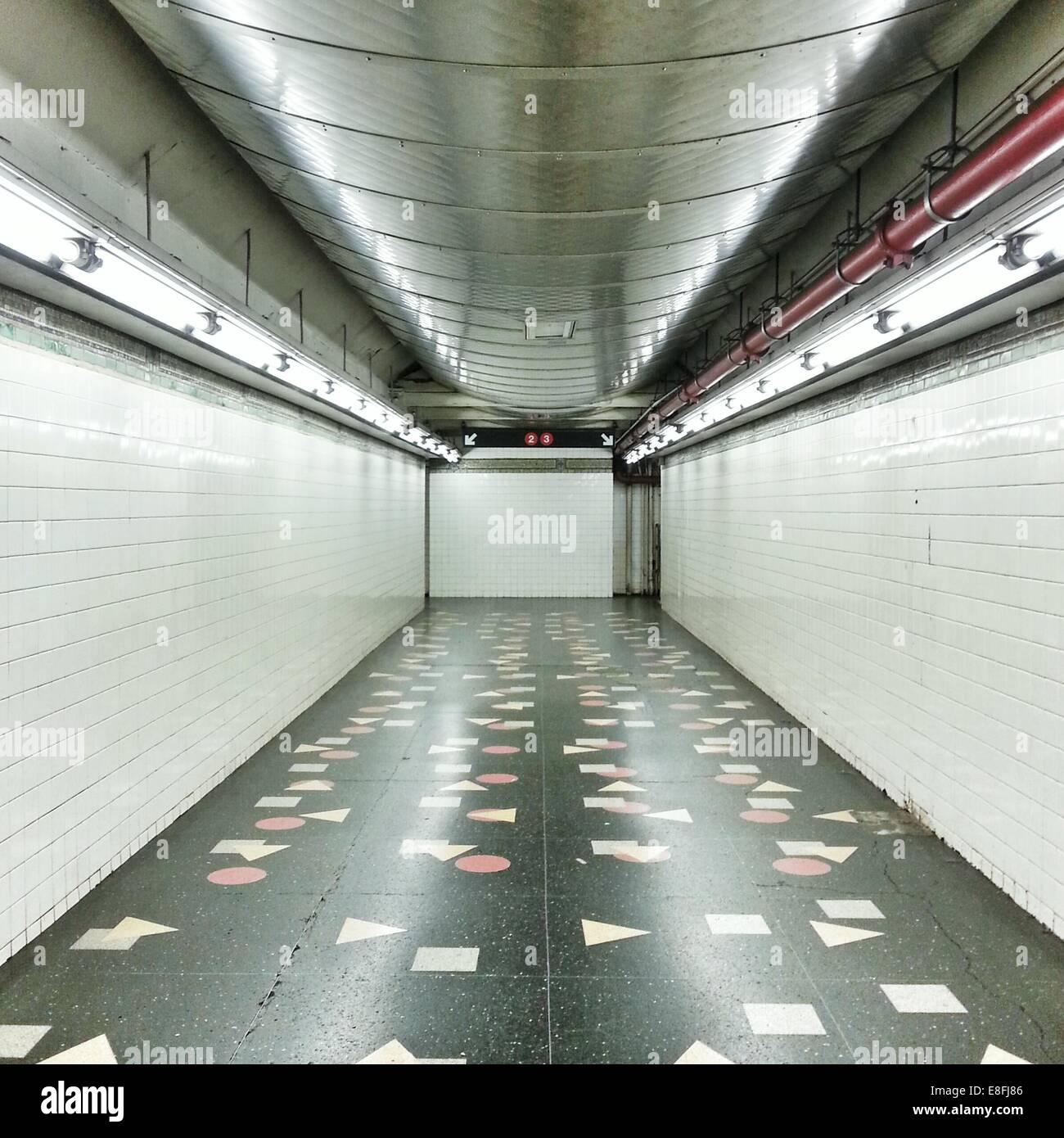 USA, New York State, New York City, Subway station corridor - Stock Image