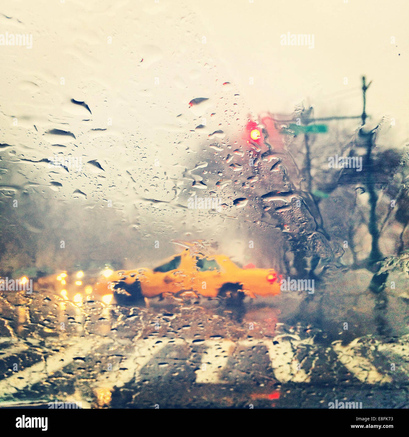 USA, New York State, New York City, Brooklyn, Taxi cab in rain - Stock Image