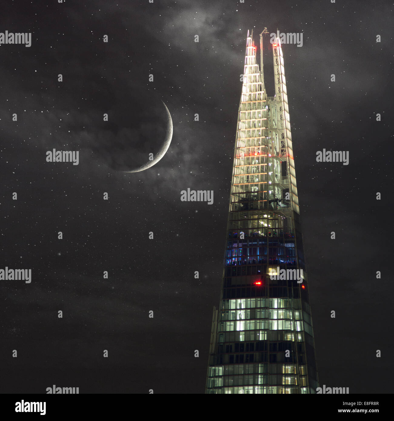 United Kingdom, London, Shard at night - Stock Image