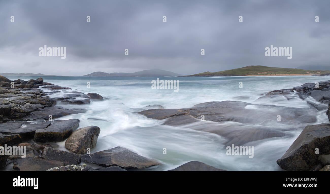 Waves crashing on the rocks Horgabost bay Isle of Harris Western Isles - Stock Image