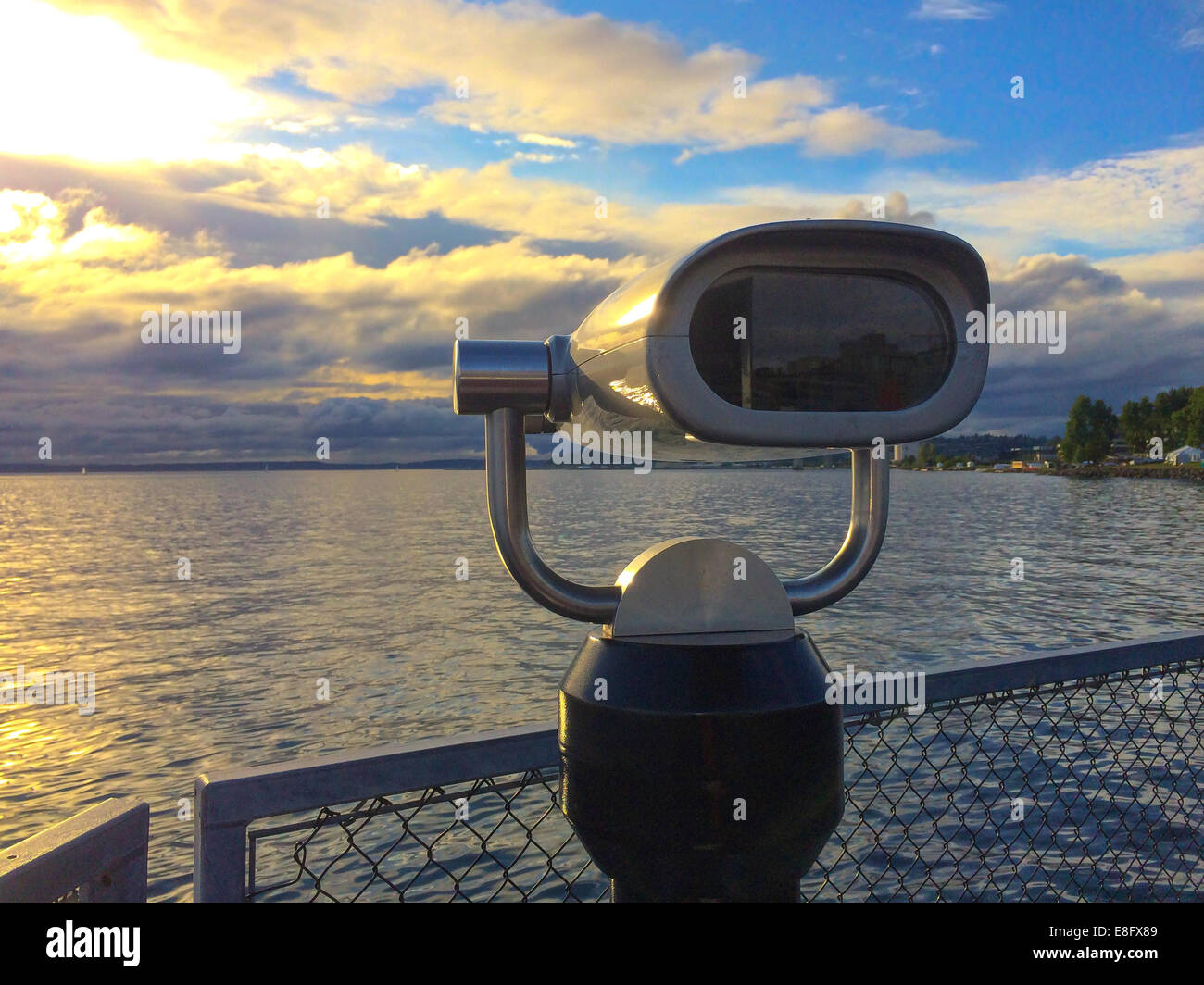 USA, Washington State, Snohomish County, Edmonds, Admiral Way, Puget Sound sunset at Pier 70 - Stock Image
