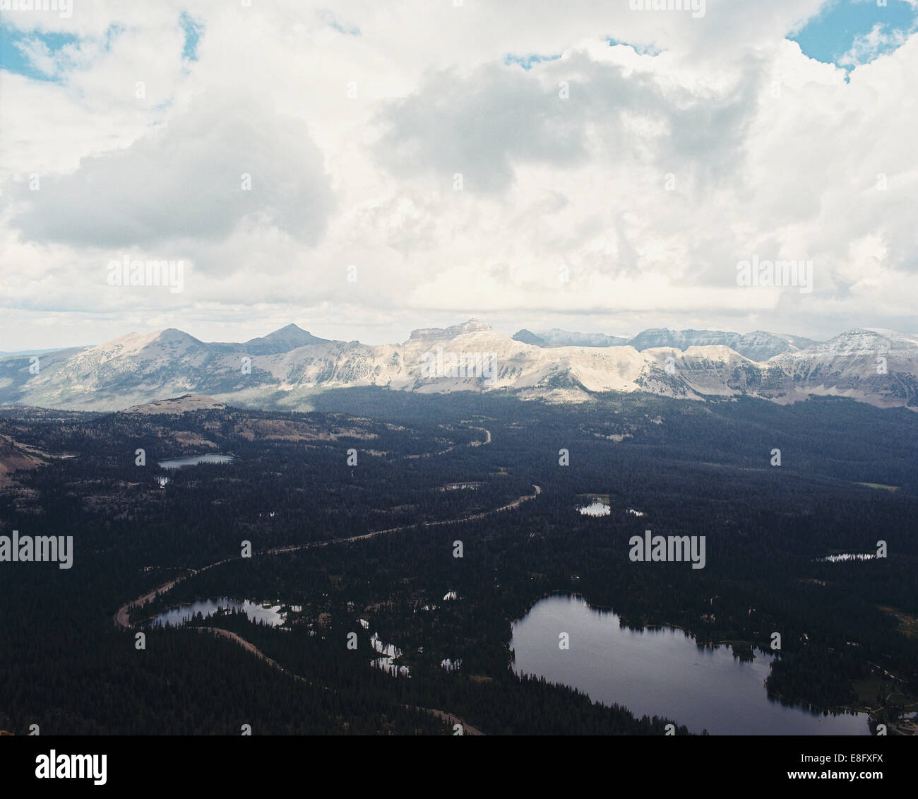 USA, Utah, Aerial view of Uinta National Forest and Mirror Lake from atop of Bald Mountain - Stock Image