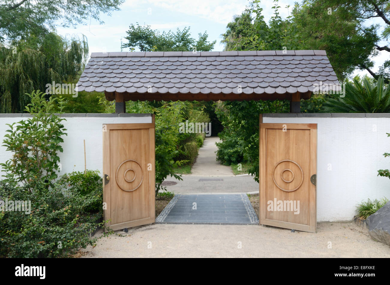 Japanese Doors, Gate or Entrance to the Japanese Garden