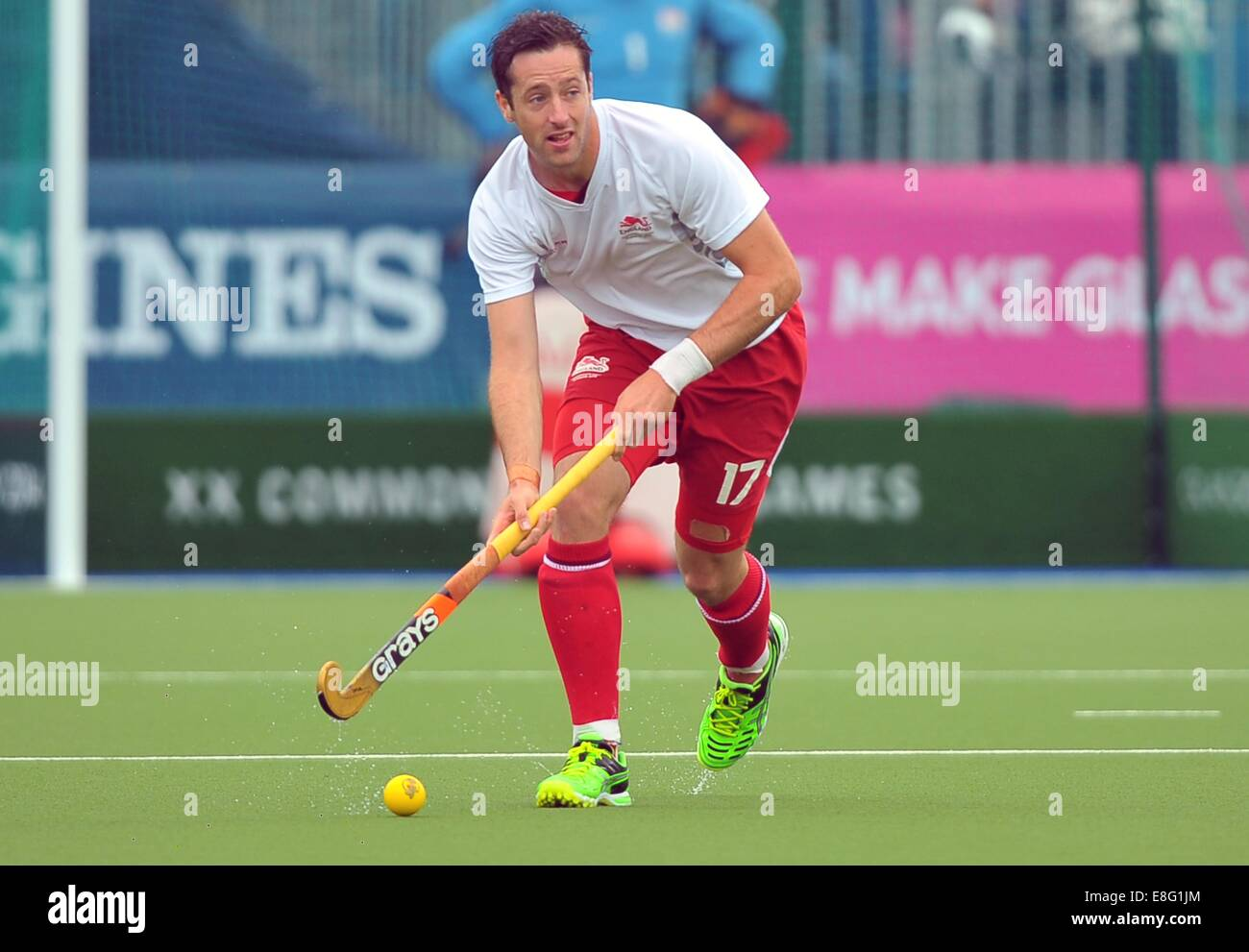 Iain Lewers (ENG). England (ENG) v Australia (AUS). Mens semi-final. Hockey. Glasgow national hockey centre, Glasgow, - Stock Image