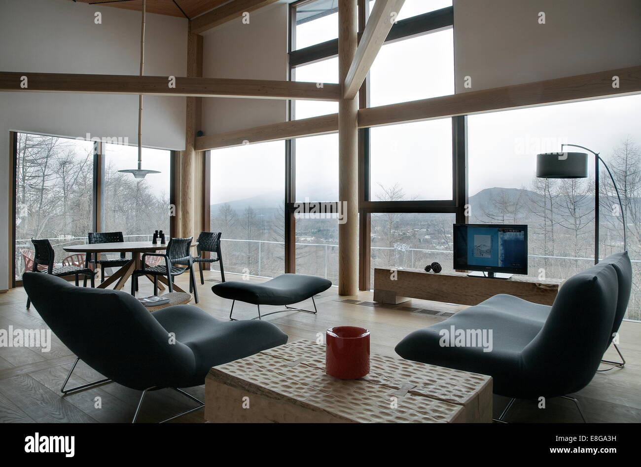 Interior of a minimal living room in a japanese house - Stock Image