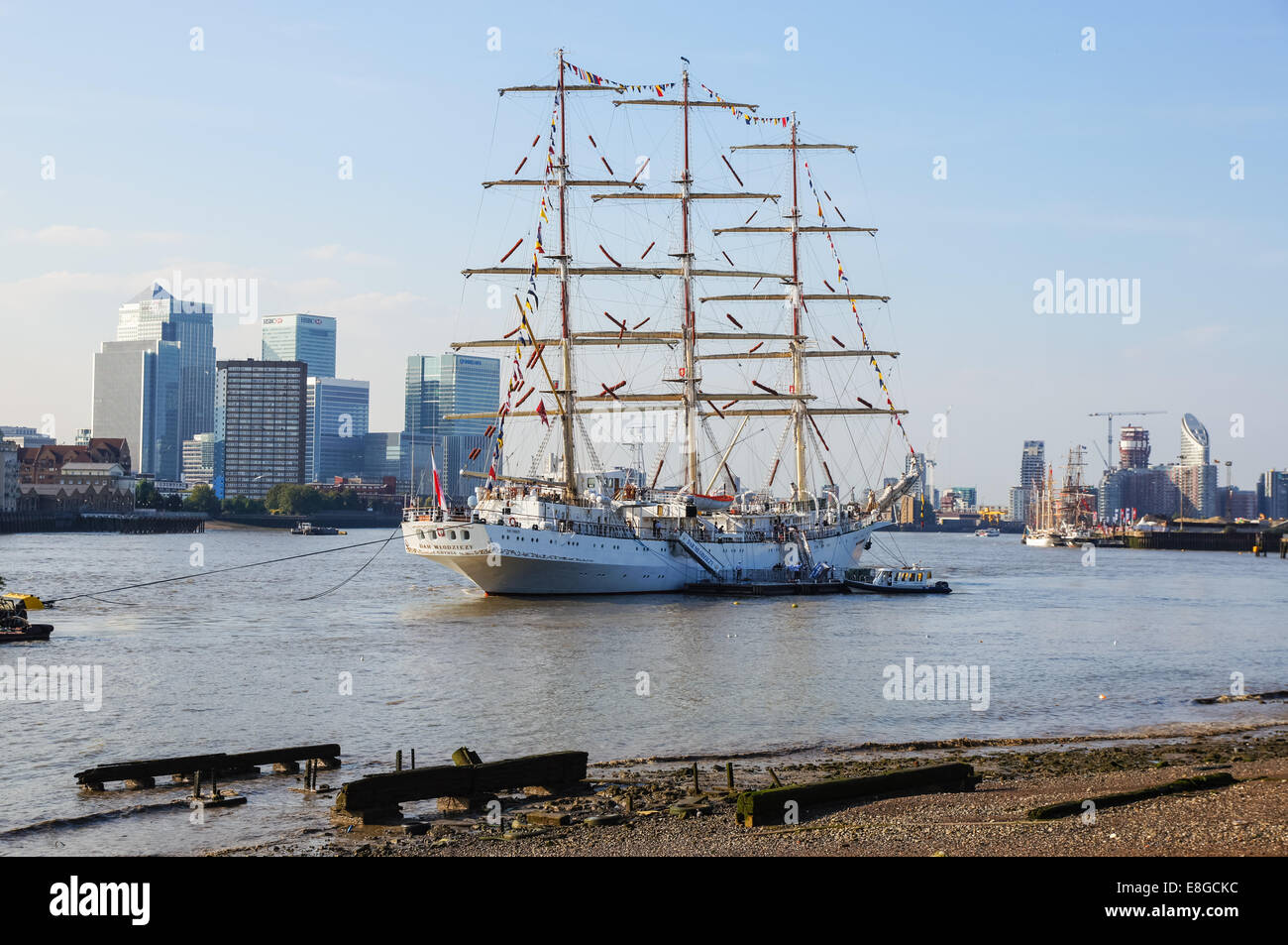 Ship Dar Mlodziezy [ Dar Młodzieży ] at the Royal Greenwich Tall Ships Festival, London England United Kingdom UK - Stock Image