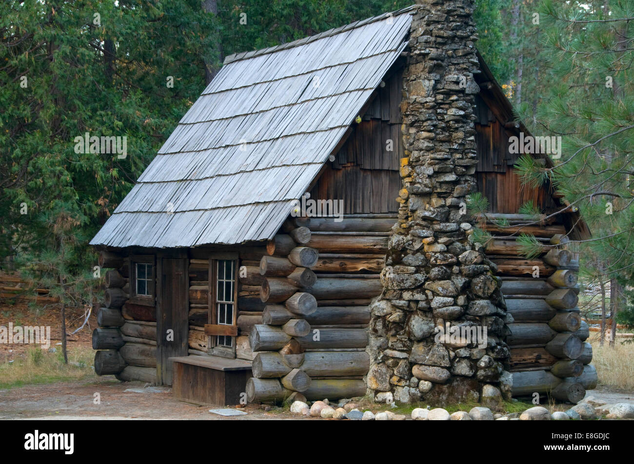 Mountaineer cabin, Pioneer Yosemite History Center, Yosemite