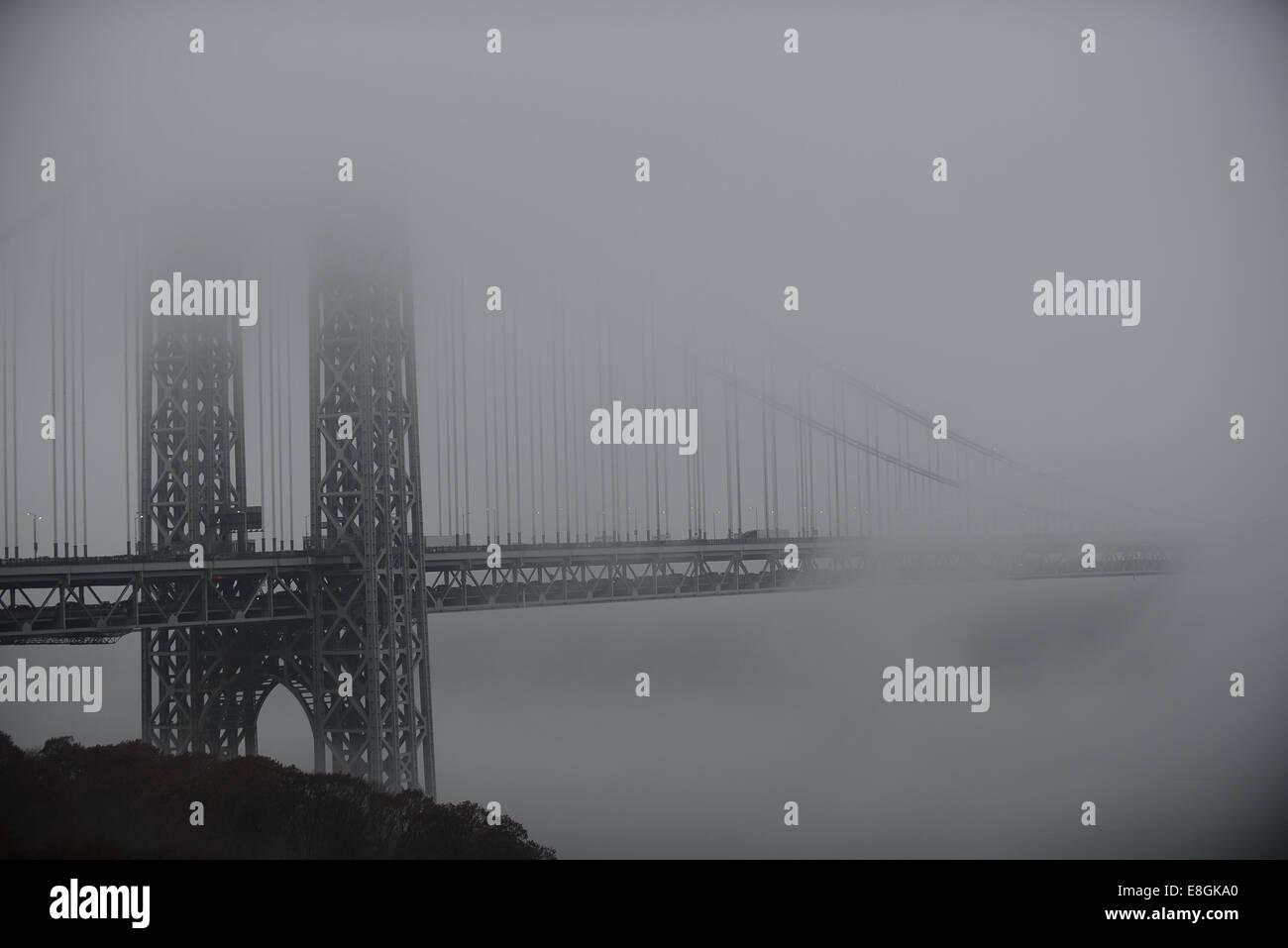 USA, New York State, New York City, Bridge into mist - Stock Image