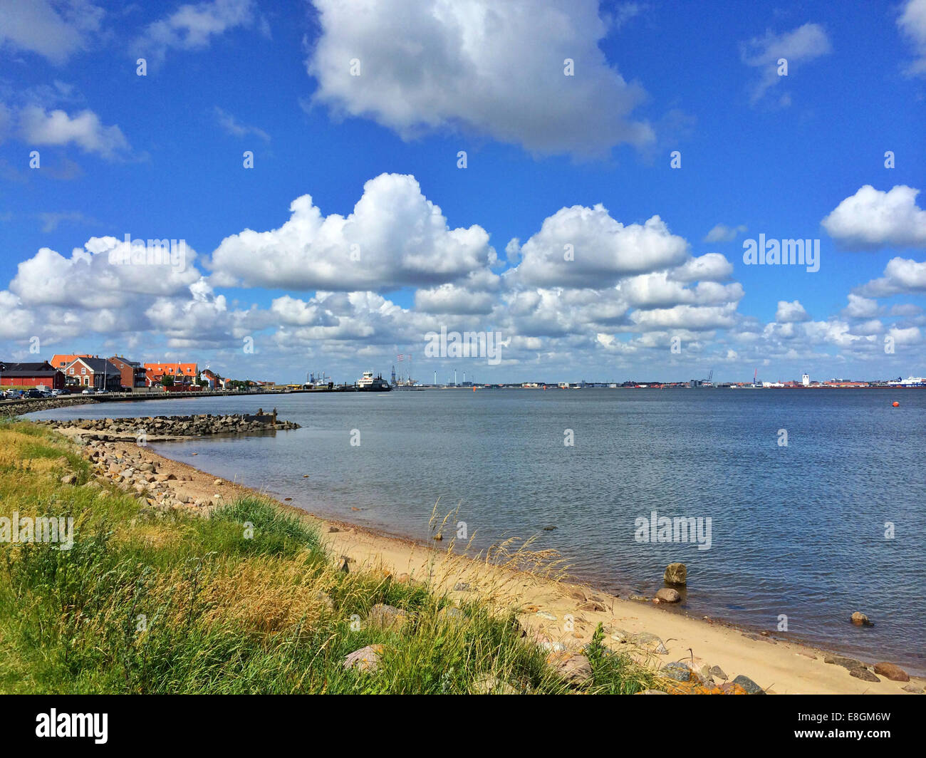 Denmark, Nordby coastline, Fanoe with Esbjerg in distance - Stock Image