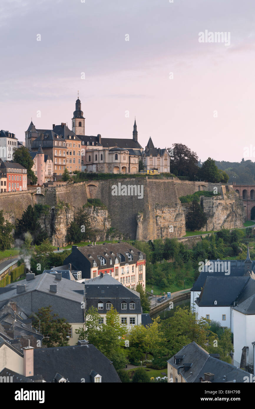 Luxembourg, Luxembourg City, View to the city district Grund, Saint Michael's Church in the background, morning - Stock Image