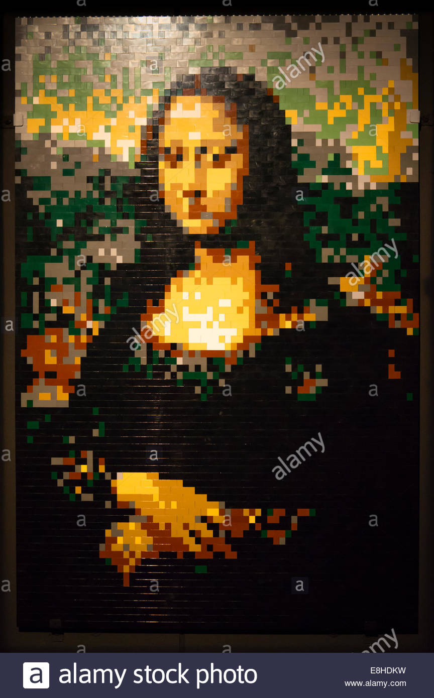 Art of Brick exhibition show, Nathan Sawaya Lego figures pictures modern contemporary Leonardo da Vinci's Mona Lisa Stock Photo